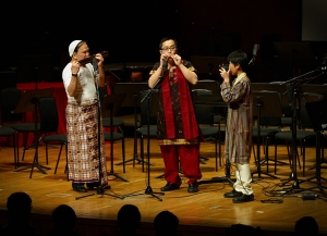 Performed in the 8th APHF celebration Concert on 30 Jan 2011