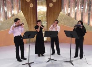 Performed in Cultural Plaza Programme boardcast on TVB Jade on 19 June 2011